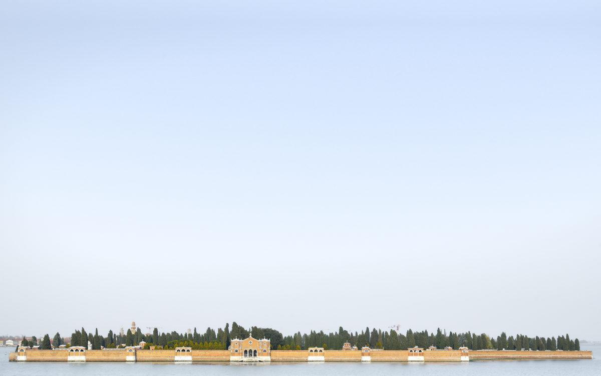 Luca Lupi, Landscape San Michele, Venezia, 2015, archival pigment print. 20x32 cm