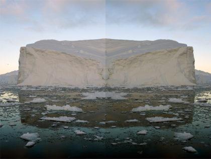P. Bonanzinga, Groenlandia 01. Ilulisat Qaasuitsup, 2014, stampa alluminio ChromaLuxe, 100x80cm.