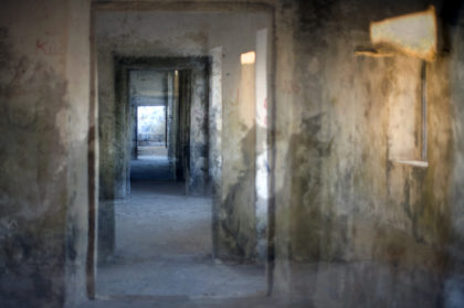 P. Bonanzinga, Nelle mie stanze, 04. Fortaleza de São Sebastião, Ilhia de Moçambique, 2015, stampa plotter su carta fotografica cotone protetta da pellicola e montata su alluminio, 90x60cm.