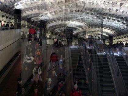 P. Bonanzinga, The Big Data World, 04. Subway Washington, 2015, stampa digitale lambda su alluminio, 66x50cm.