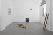 Impronte, veduta parziale della mostra. ph. Nicola Belluzzi, courtesy Passaggi Arte Contemporanea