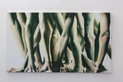 """Marta Dell'Angelo, """"Presa"""", 2016 olio su tela, 80x140cm  Foto di Elena Foresto"""